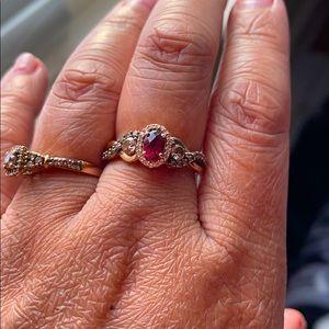 LeVain Raspberry Garnet diamond ring 14K rose gold